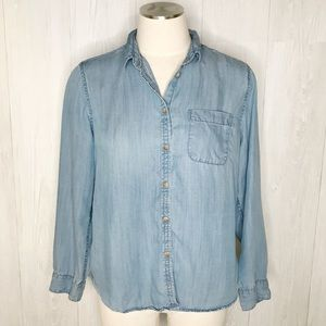 [American Eagle] Chambray Button Down Top Sz. M